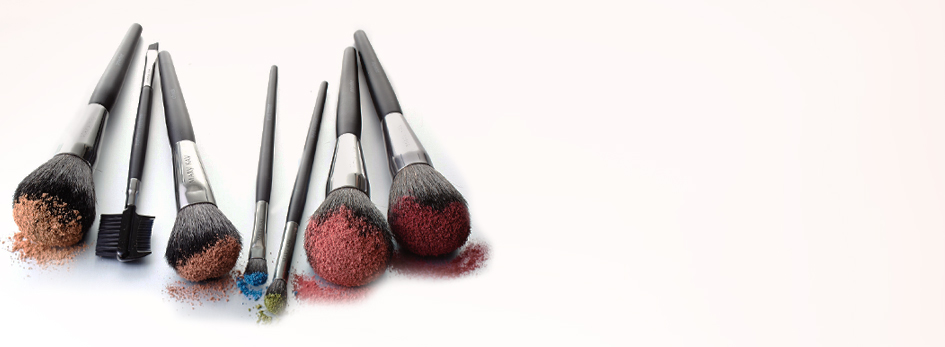 Get your best results from professional quality Mary Kay® brushes.
